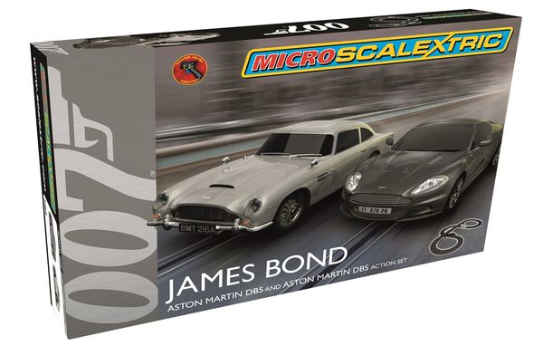 Micro Scalextric James Bond autoratapaketti 1/64