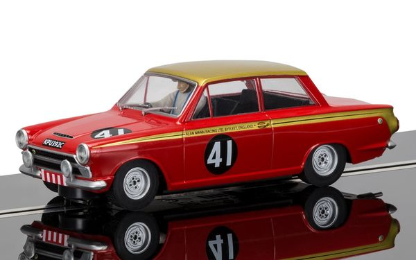 Scalextric Ford Cortina Alan Mann 1/32